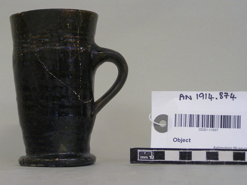 Flared mug