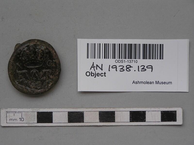 Glass bottle seal (AN1938.139, record shot)