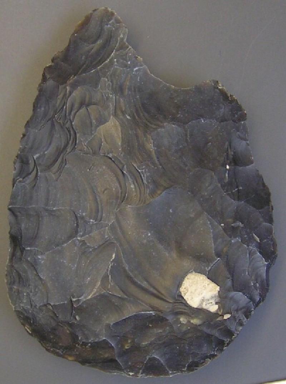Acheulean handaxe (AN1967.1061, record shot)