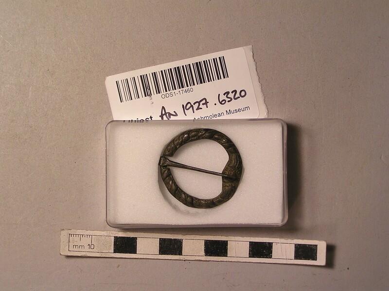 Annular brooch (AN1927.6320, record shot)