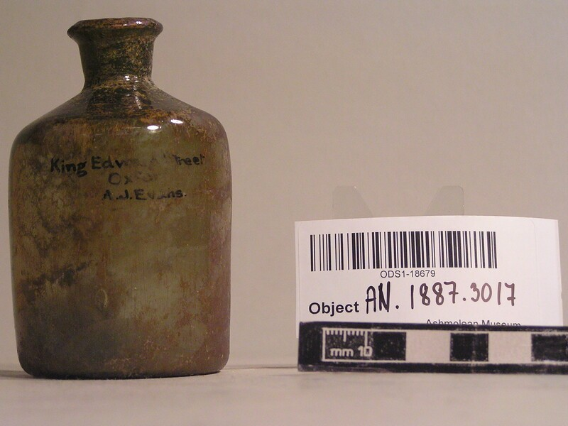 Bottle (AN1887.3017, record shot)