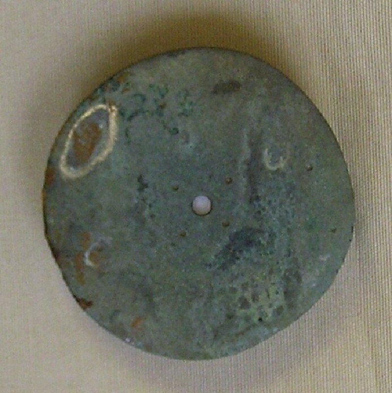 Disc brooch (AN1966.44.b, record shot)