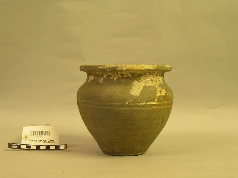 Pot (AN1948.248, record shot)
