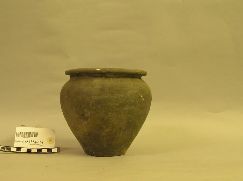 Pot (AN1936.191, record shot)