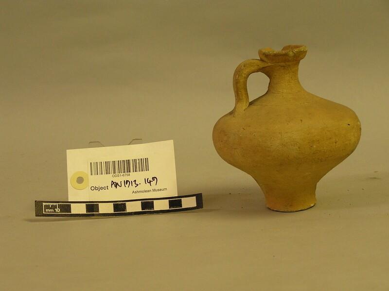 Pot (AN1913.149, record shot)