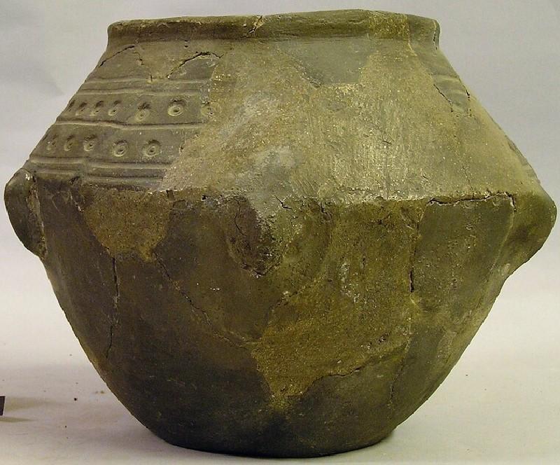 Urn (AN1927.84, record shot)