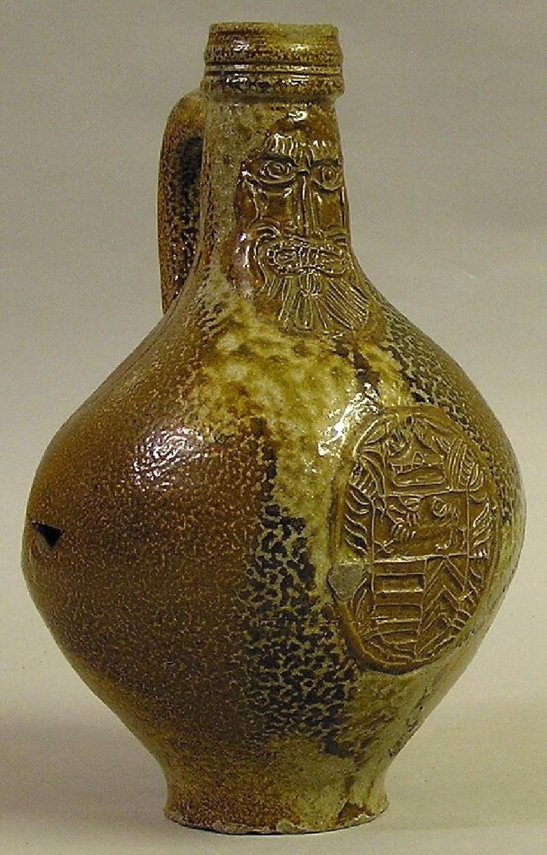 Pear-shaped bottle (Bartmann)
