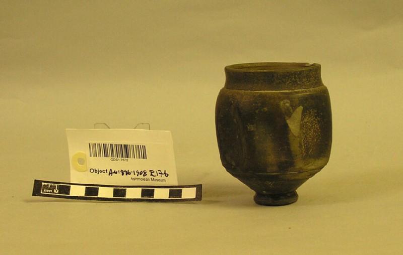 Pot (AN1896-1908.R.176, record shot)