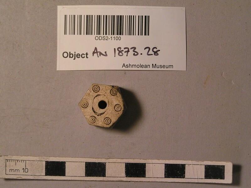Bone object (AN1873.28, record shot)