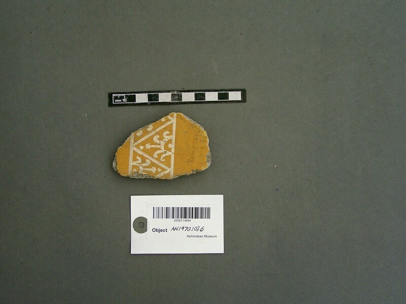Wall plaster fragment (AN1970.1036, record shot)