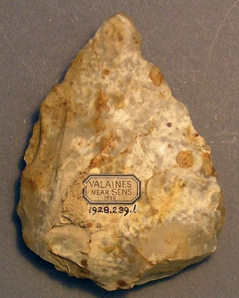 Handaxe (AN1928.239.l, record shot)