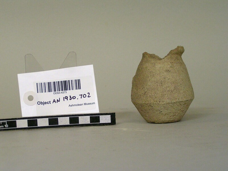 Pot (AN1930.702, record shot)