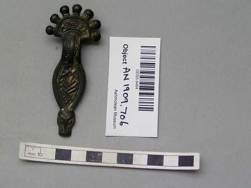 Radiate-headed brooch (AN1909.706.1, record shot)