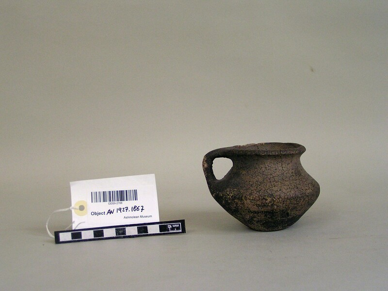 Vase (AN1927.1867, record shot)