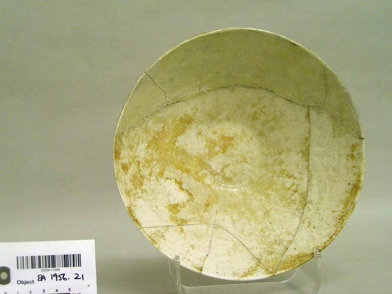 Bowl with transparent glaze