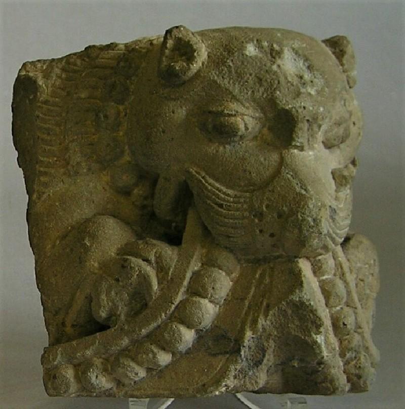 Architectural corner-piece with lion head