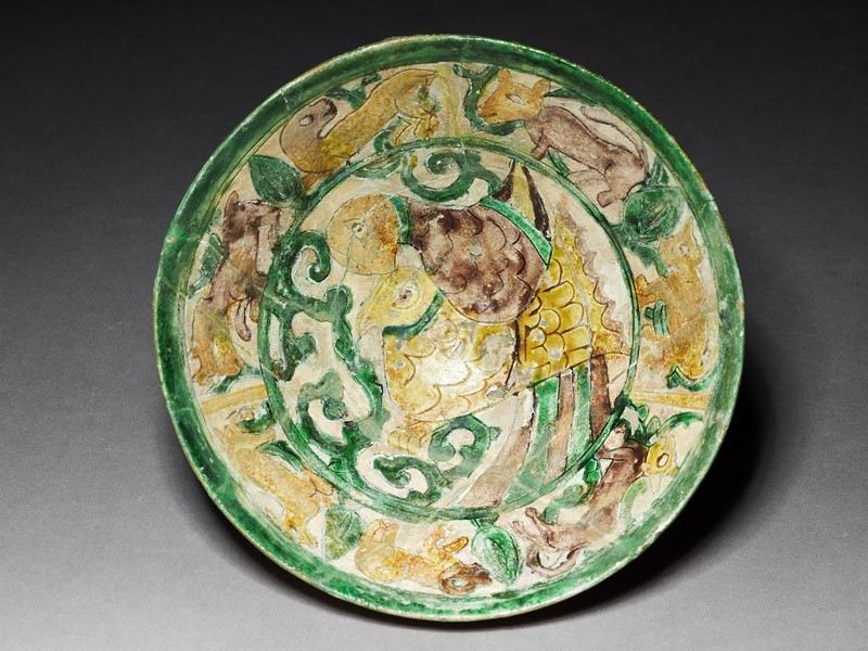 Bowl with two birds and running animals (EA1956.25, top           )