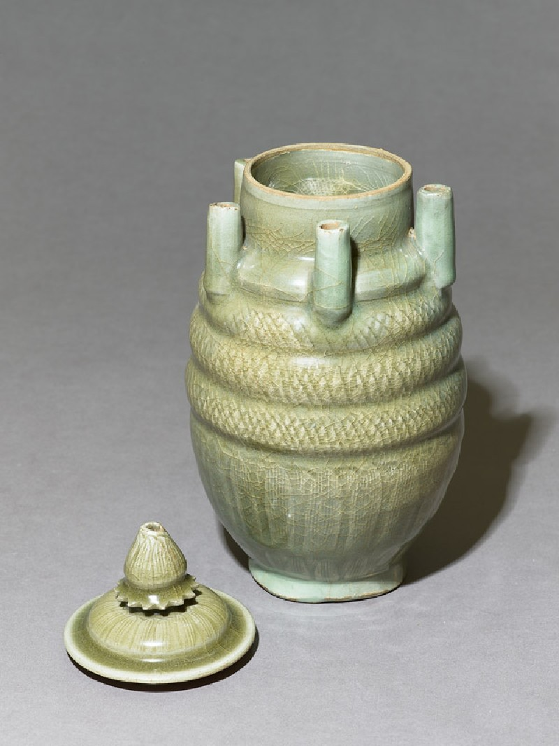 Greenware vase with five spouts (EA1956.267.b, oblique, with lid              )