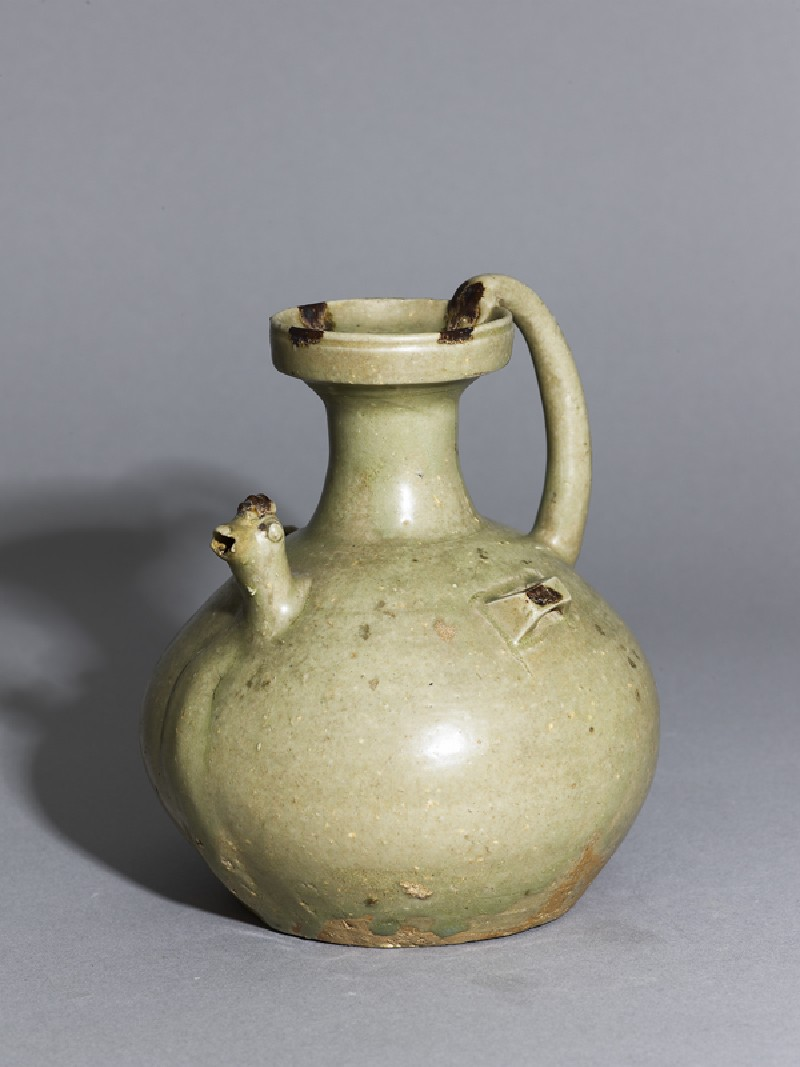 Greenware ewer with chicken head spout (EA1956.277, oblique            )