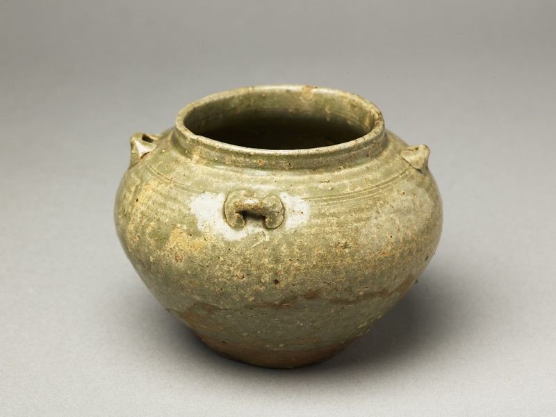 Greenware guan, or jar, with loop handles (oblique            )
