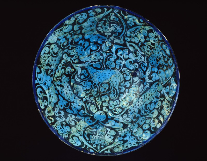Bowl with animals against a foliate background (EA1956.29, top           )