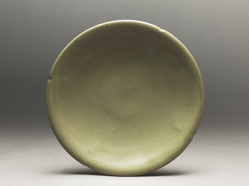 Greenware saucer dish (EA1956.318, top            )