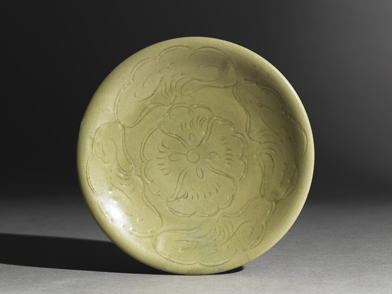 Greenware saucer dish with lotus leaves