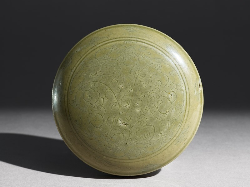 Greenware box with floral decoration (EA1956.327, top            )