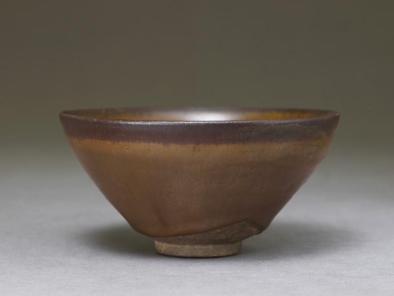 Tea bowl (EA1956.743, oblique            )