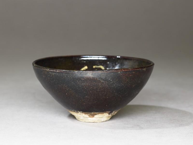 Tea bowl (EA1956.755, oblique            )