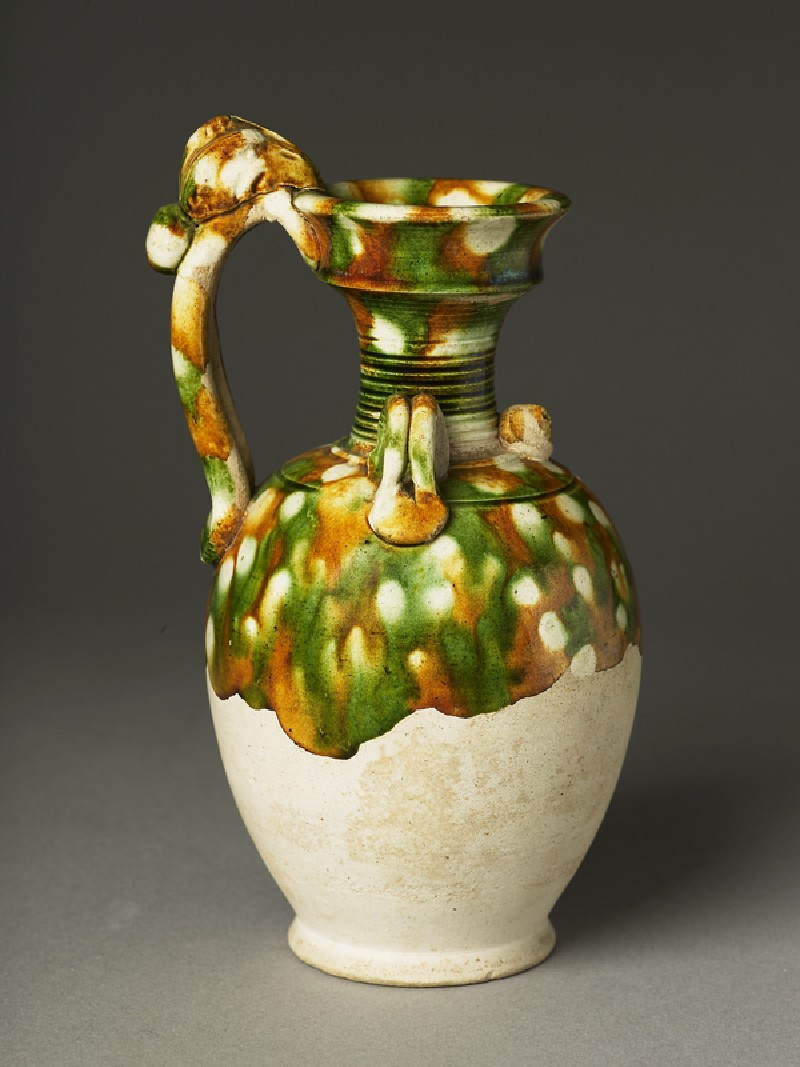 Ewer with dragon handle (EA1956.1080, oblique             )