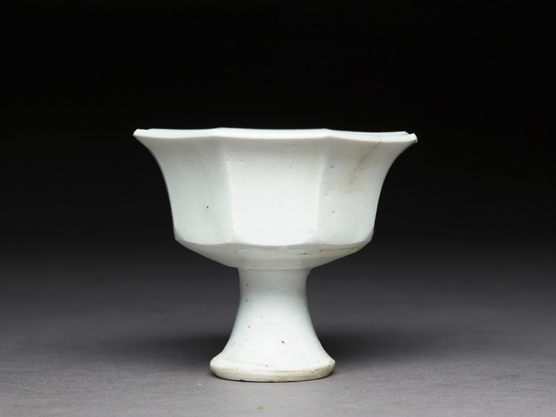 Octagonal stem cup with flower (EA1956.1143, side             )