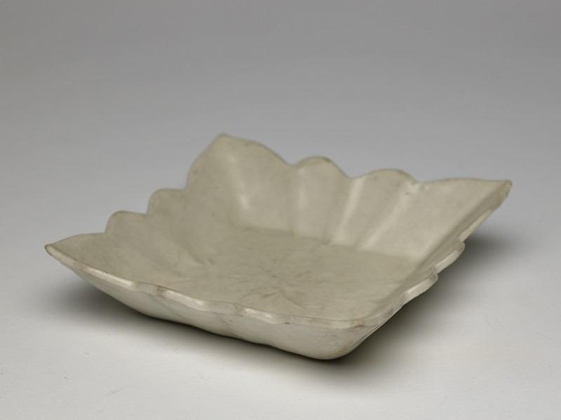 White ware dish with lotus flowers (EA1956.1154, oblique             )