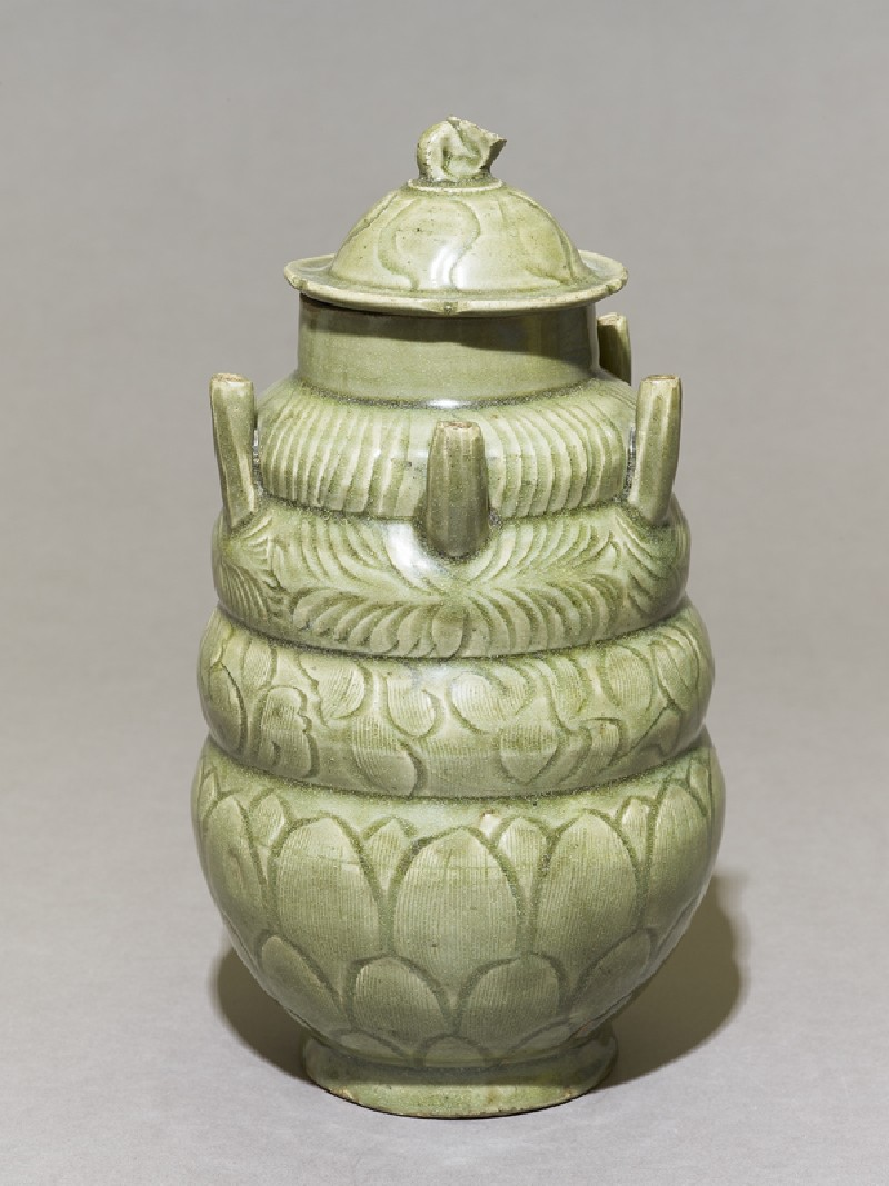 Greenware burial vase with spouts (oblique             )