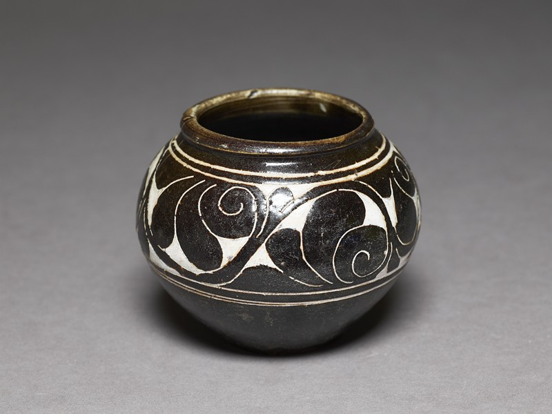 Cizhou type bowl with lotus scroll decoration (EA1956.1307, oblique             )