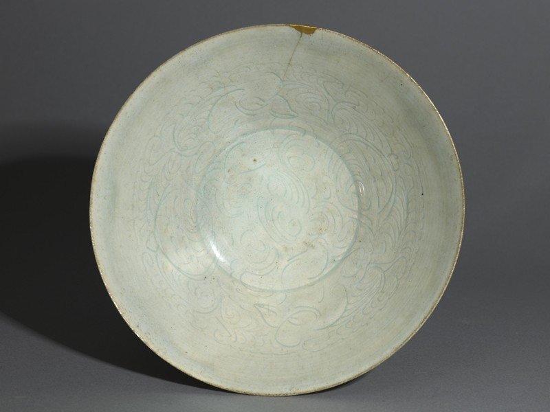 Bowl (EA1956.1375, top             )