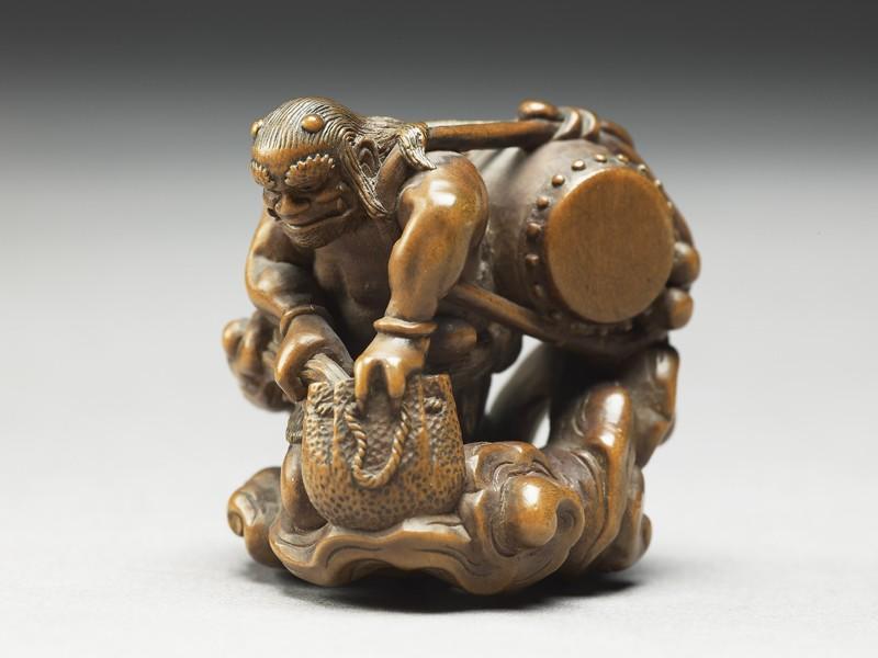 Netsuke in the form of Raiden, the god of thunder (EA1956.1721, side             )