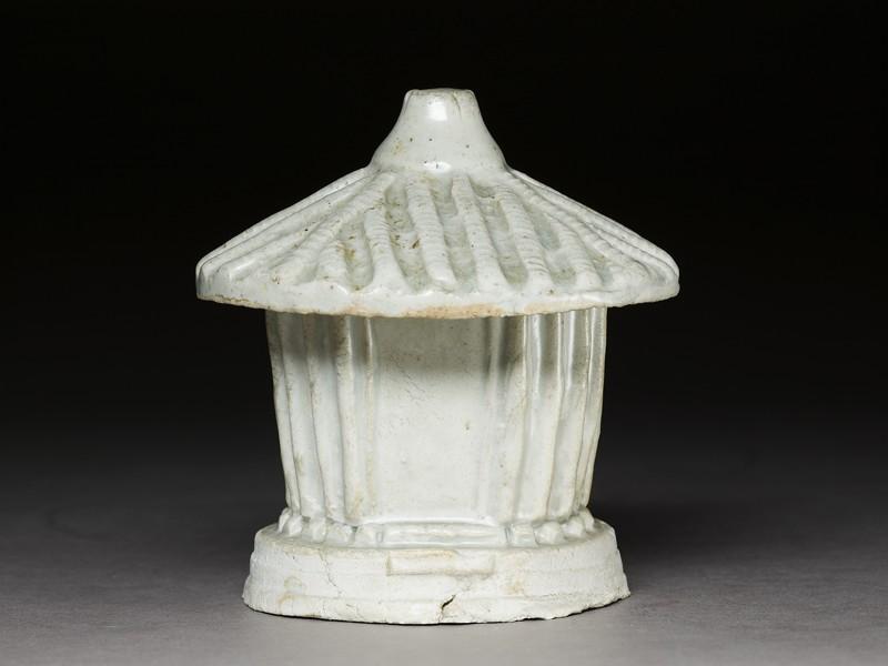 White ware tomb model of a granary store (EA1956.3076, side             )