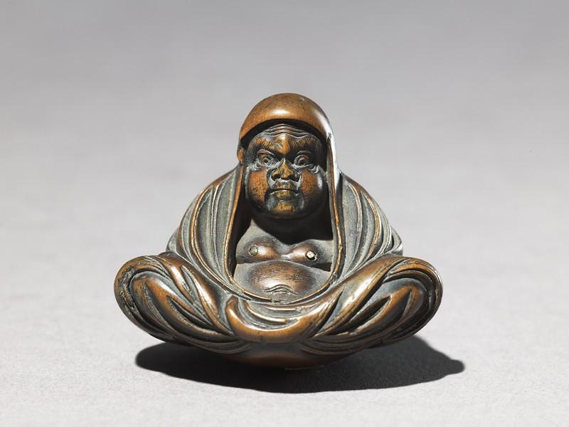Netsuke in the form of Daruma meditating