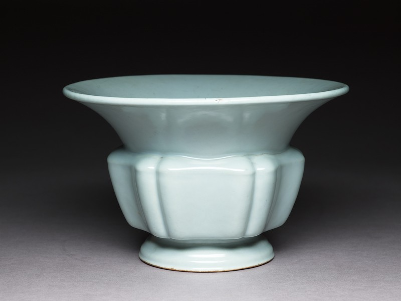 Jardiniere with green glaze