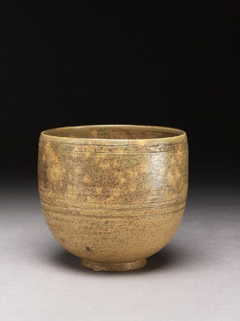 Tea bowl (EA1962.9, oblique          )
