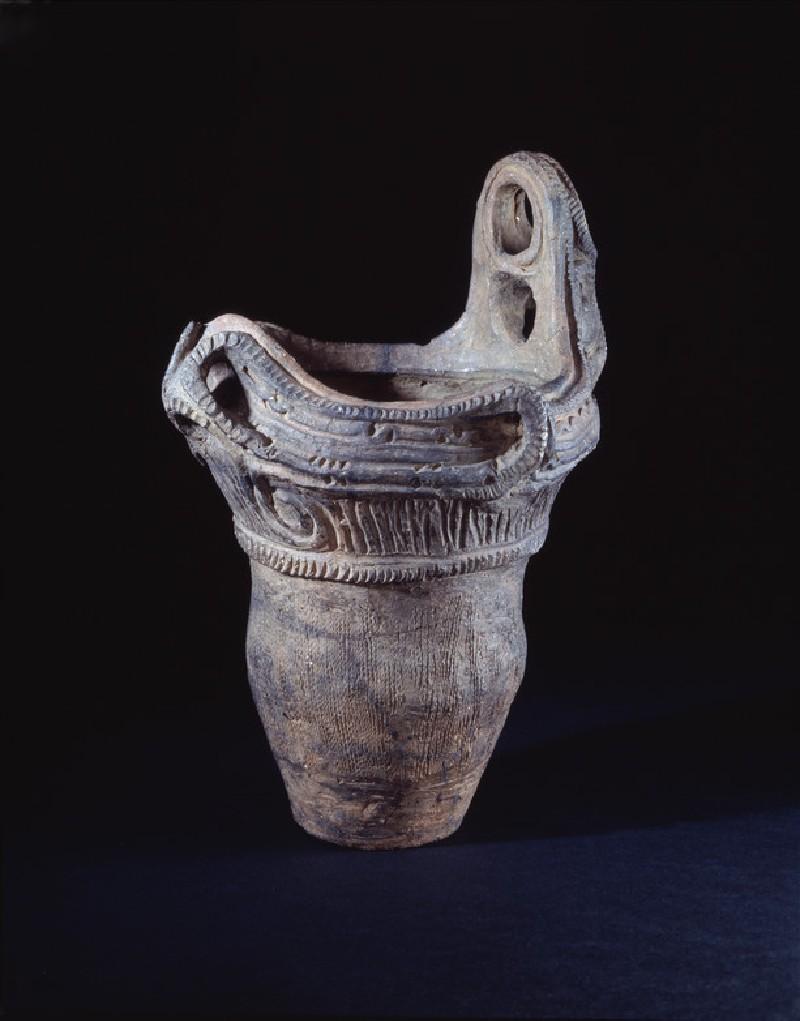 Jomon Jar (oblique            )