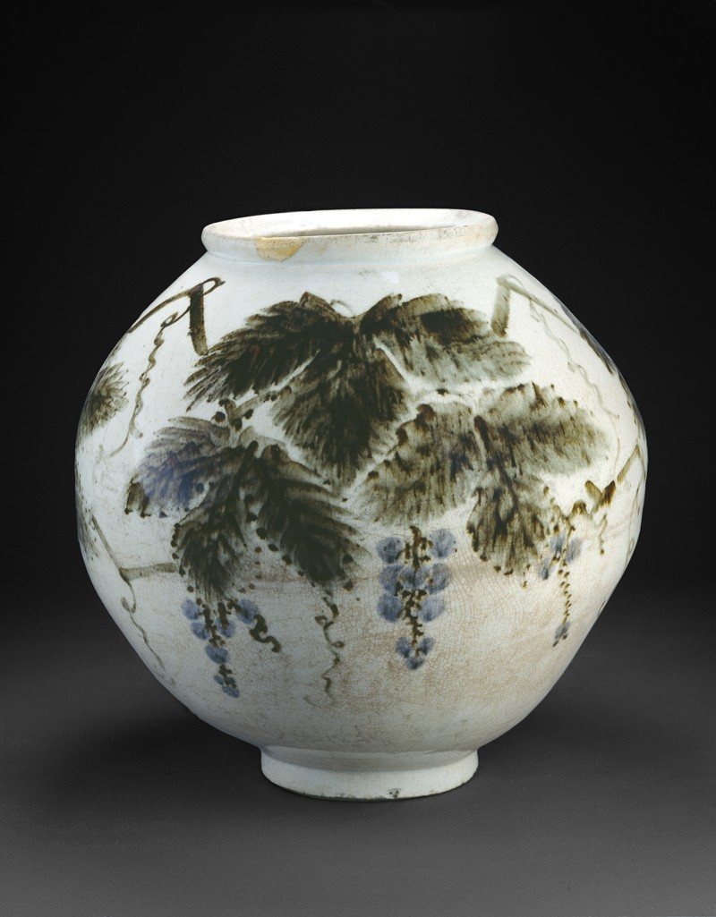Vase with grape vine