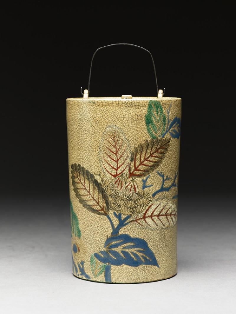 Sake bottle with leaves (EA1974.18, side           )