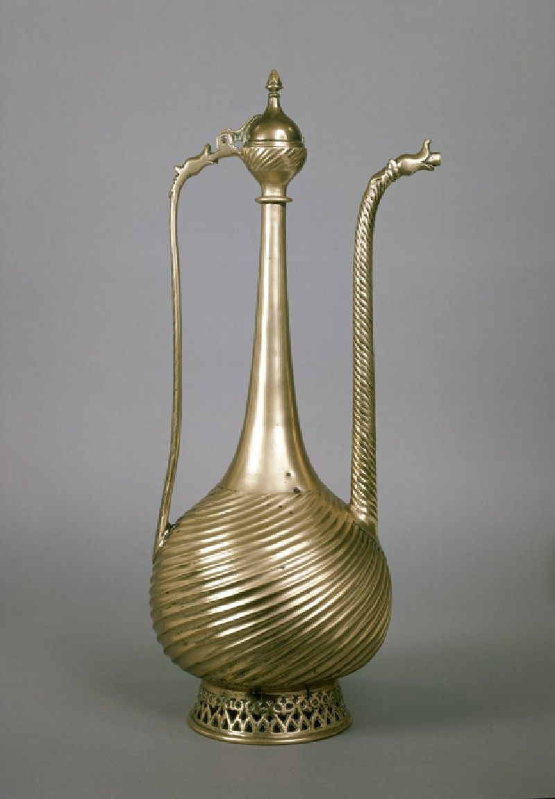 Brass ewer with dragon heads (EA1976.43, side           )