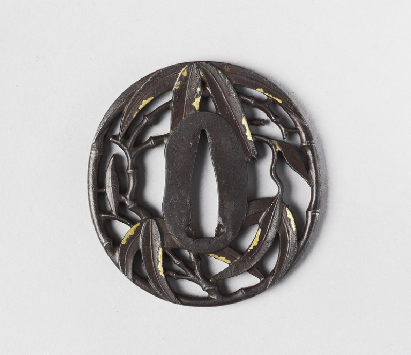 Round tsuba with design of bamboo (front            )