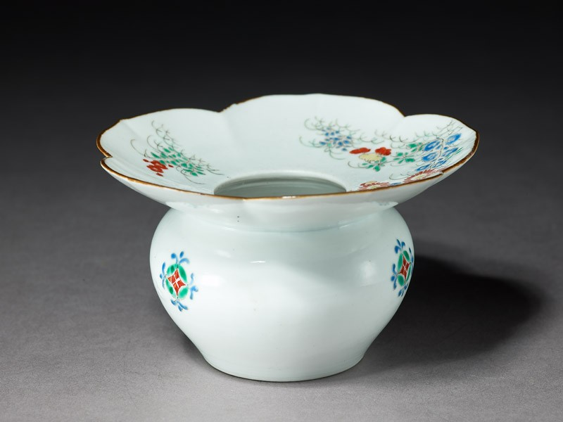 Spittoon with flowering plants and butterflies (EA1978.575, oblique            )
