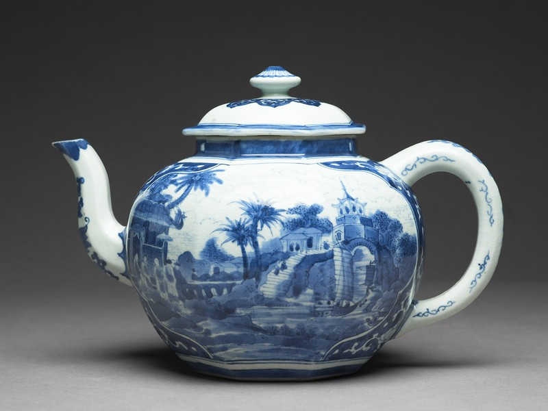 Teapot with scenes derived from Olfert Dapper engravings (EA1978.759, side            )