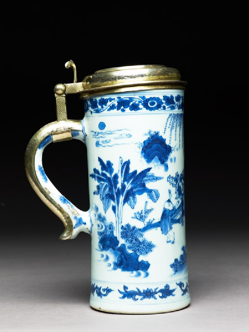 Blue-and-white tankard with European silver-gilt mounts (EA1978.801, side            )