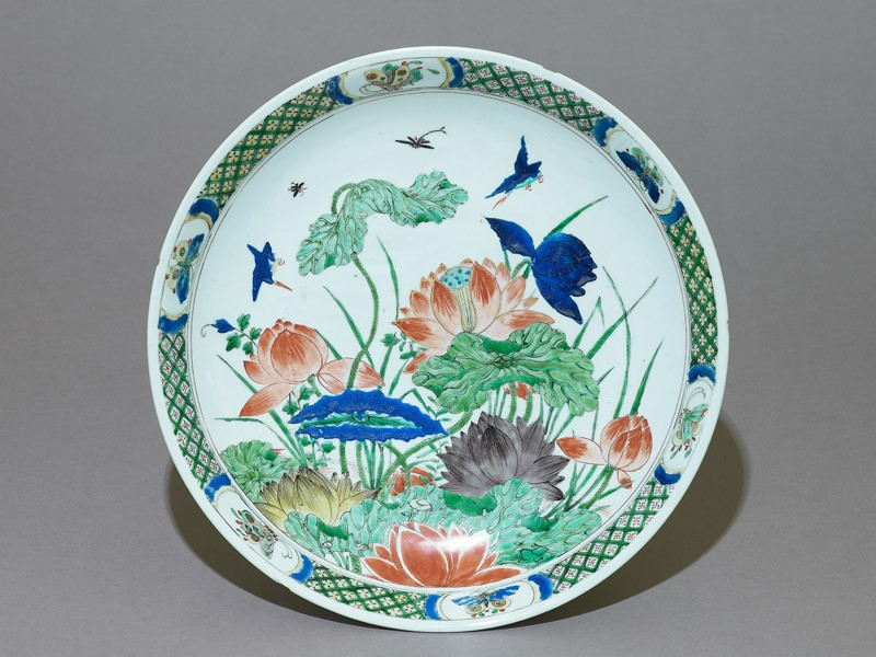 Dish with lotus plants and kingfishers (EA1978.1072, top             )
